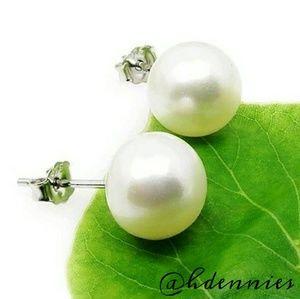 Lovely! AAA River Pearl Stud Earrings